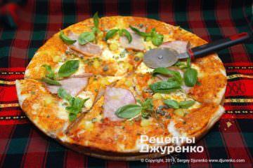 Фото рецепта пицца с ветчиной