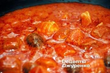 Тушить соус на небольшом огне