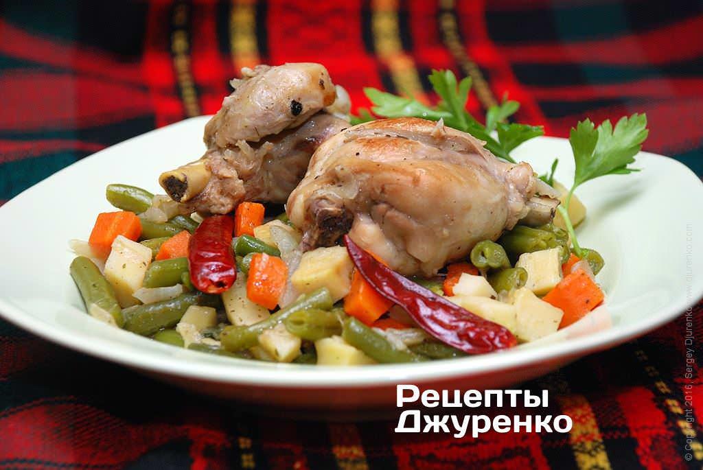 Стручковая фасоль с курицей
