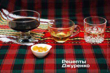 Соевый соус, мирин, вино и мед