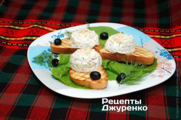 Фото к рецепту: млечный салат