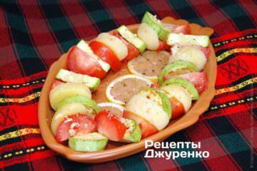 розкласти овочі