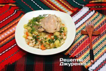 Фото рецепта квасоля з куркою