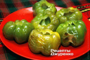 Запечь плоды перца