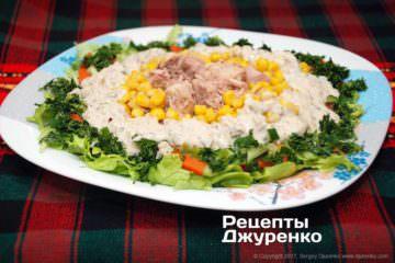 салат сконсервированным тунцом