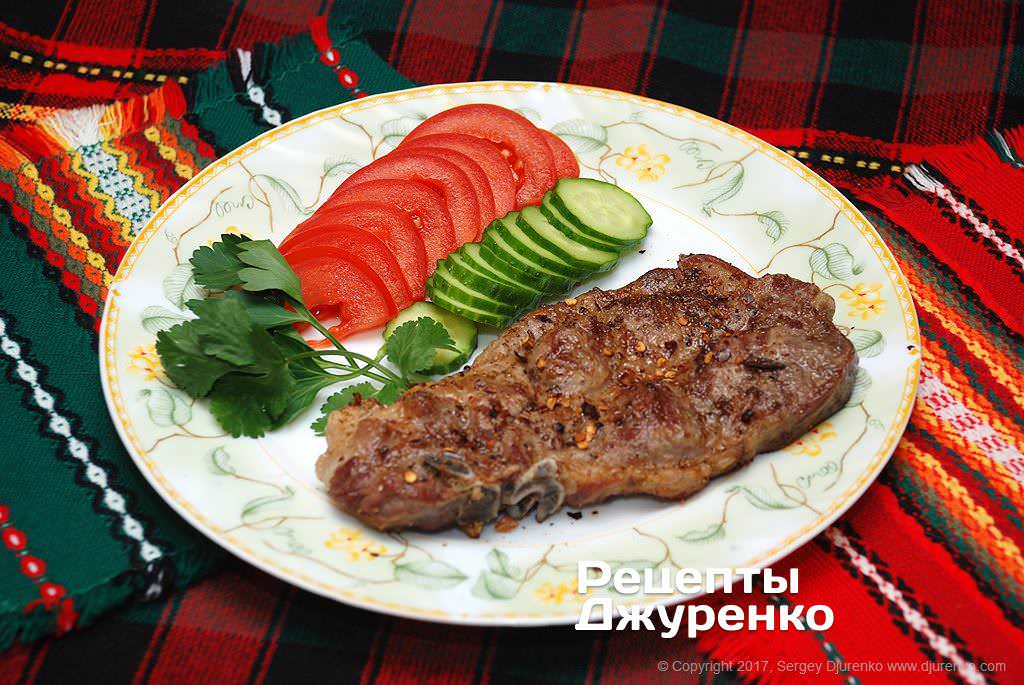 М'ясо на грилі
