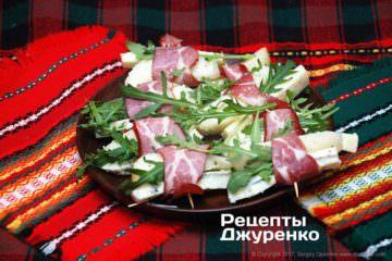 Фото к рецепту: мясные рулетики сгрушей