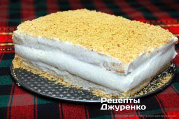 Поставить торт вхолодильник