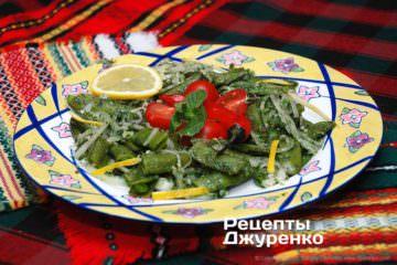 Фото к рецепту: салат сзеленым горошком