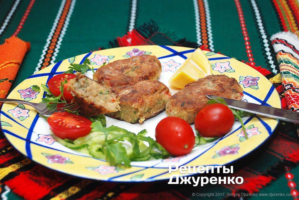 Фото готового рецепту котлети з баклажанів в домашніх умовах