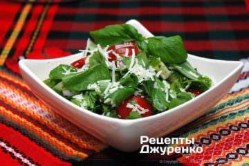 Фото рецепта овощной салат с сыром