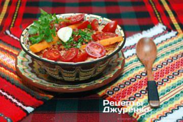 додати в суп помідори