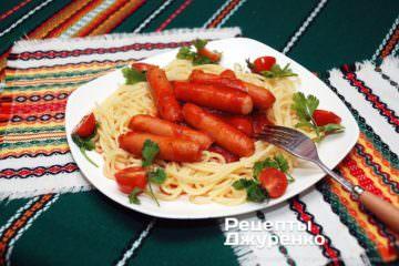 Фото рецепта спагетті з сосисками