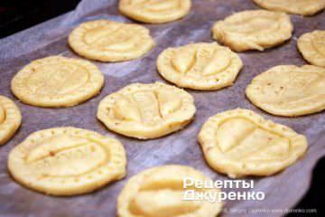 Крок 4: печиво на деку