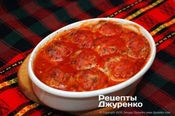 Как приготовить Тефтели срисом втоматном соусе. Шаг 22: тефтели в томате