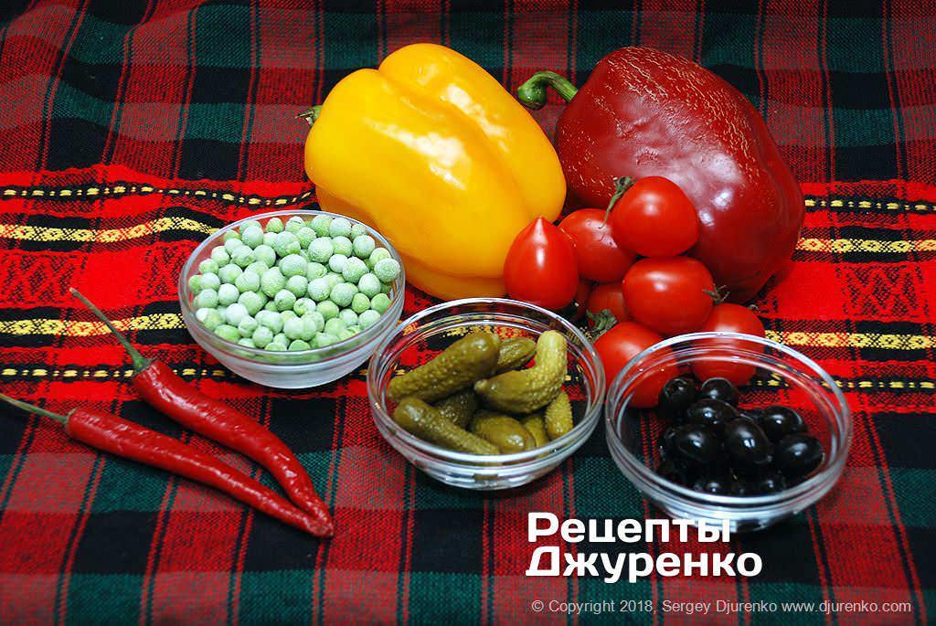 Овощи для салата.