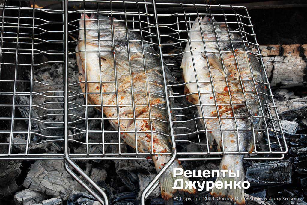 Равномерно обжаренная рыба.