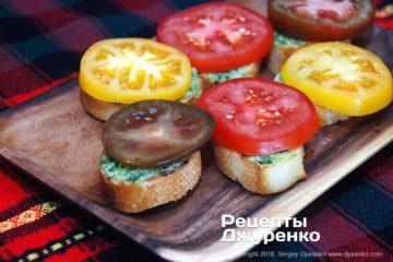 Шаг 4: бутерброды с помидором