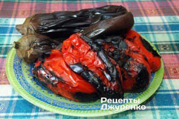 Як приготувати Овочева ікра. Крок 4: печені овочі