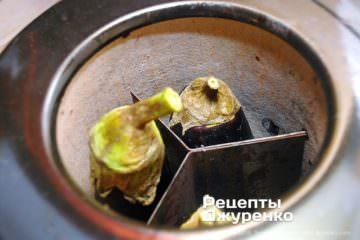 Как приготовить Бабагануш. Шаг 4: чушкопек