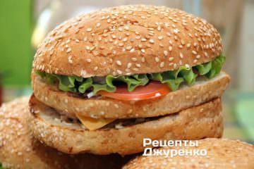 Фото к рецепту: домашний бургер