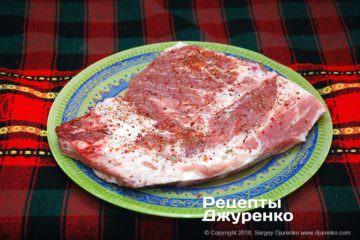 Як приготувати Запечені свинячі ребра. Крок 6: свинина зі спеціями