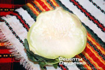Як приготувати Салат з капусти кольрабі. Крок 6: очищена кольрабі