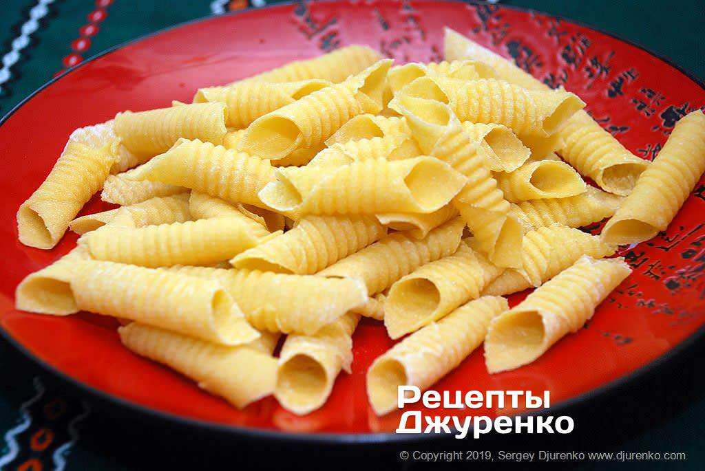 Как приготовить Гарганелли, домашняя паста. Шаг 14: свежая паста