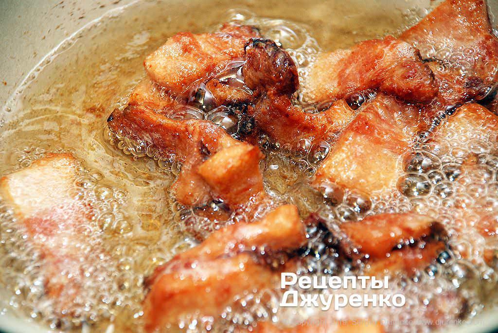 Как приготовить Картофельные котлеты. Шаг 6: шкварки