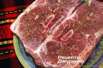 Шаг 3: сухое маринование мяса