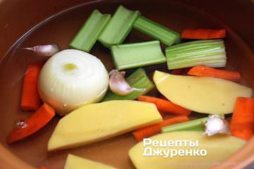 Как приготовить Грибной суп-пюре. Шаг 4: овощной бульон