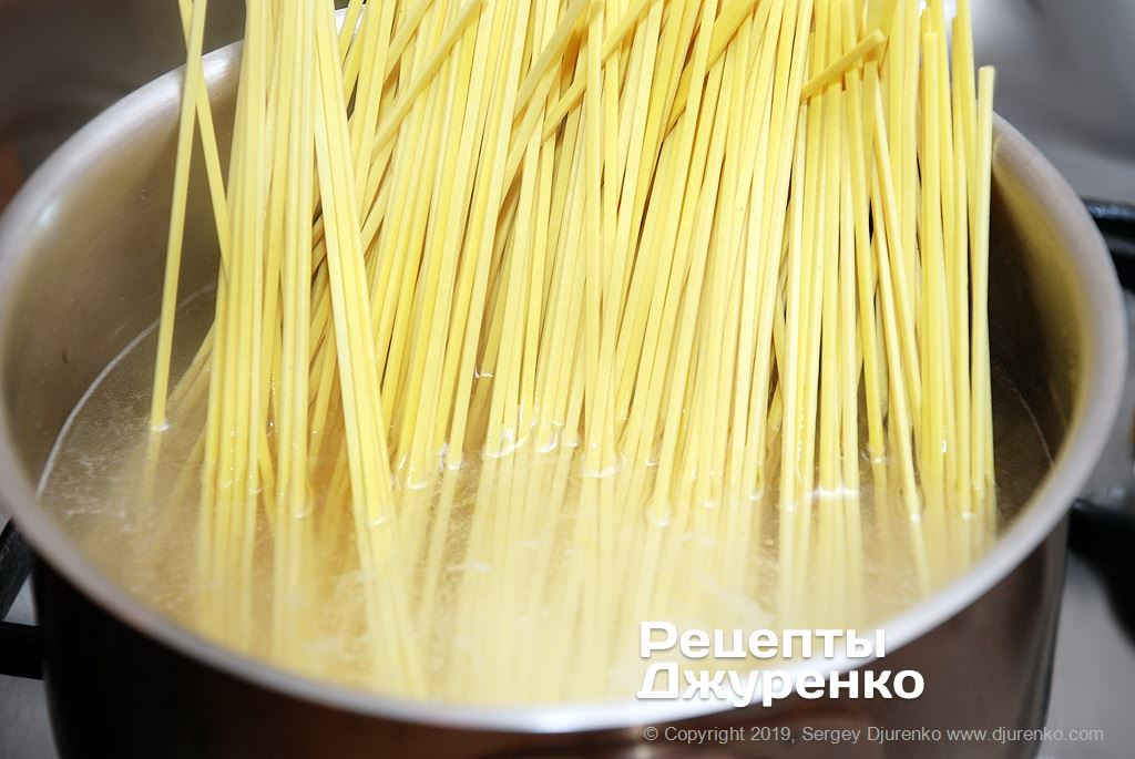 Как приготовить Суп рамен. Шаг 16: вареная лапша