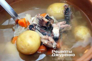 добавить в суп рыбные консервы