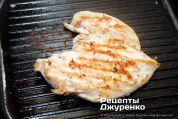 Шаг 2: курное филе на гриле