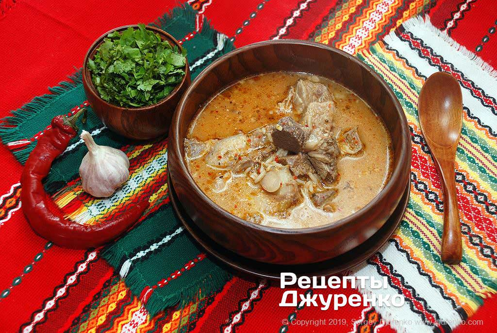 суп на яловичому бульйоні