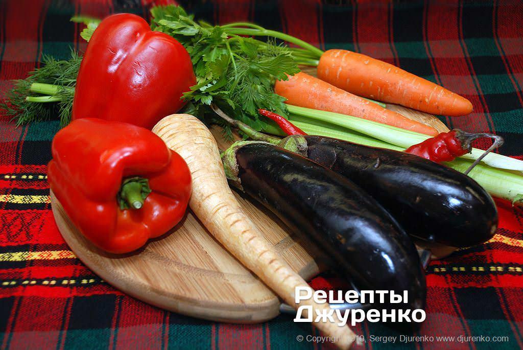 Свіжі овочі для смаження.