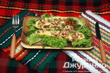 Готовое блюдо кабачки с мясом