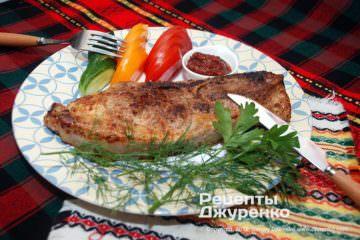 Фото рецепта стейк из свинины — свиная лопатка жареная