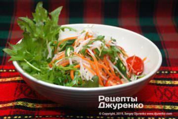 Готовое блюдо салат из дайкона
