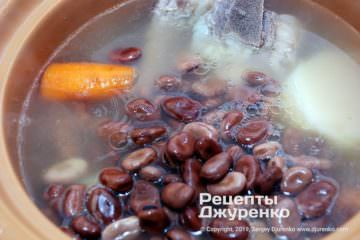 Шаг 5: бобы в бульоне
