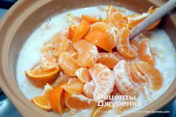 Шаг 2: фрукты в сиропе