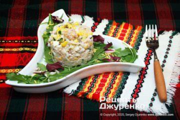 Фото рецепта салат з м'ясом криля