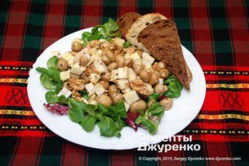 Фото рецепта салат с шампиньонами
