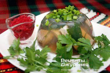 Готовое блюдо холодец из индейки