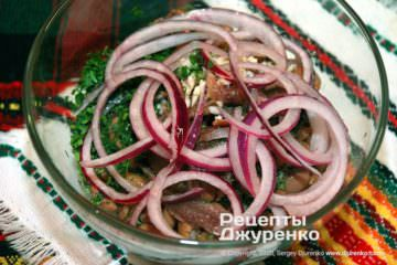 лук в салате