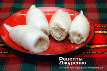 Шаг 4: кальмары с начинкой