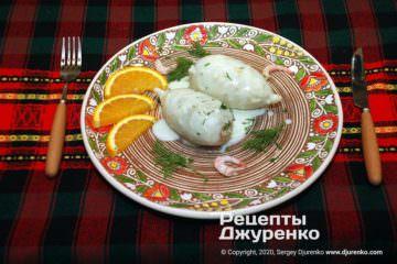 Готовое блюдо фаршированные кальмары