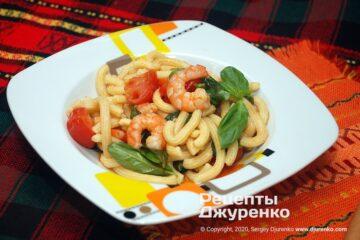 Фото рецепта макарони з креветками