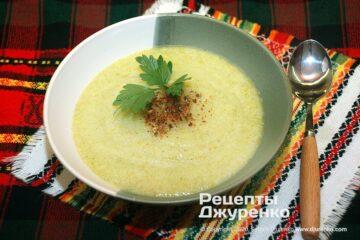 Готова страва дієтичний суп