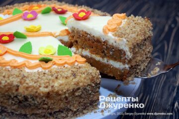 Готовое блюдо морковный торт